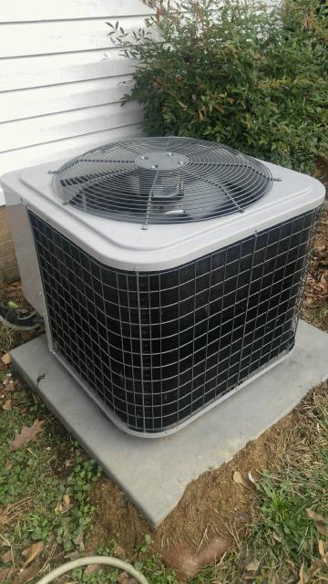 Maylene, AL - Service work performed for the air condensing unit with Zep con-coil cleaner. no repairs needed.