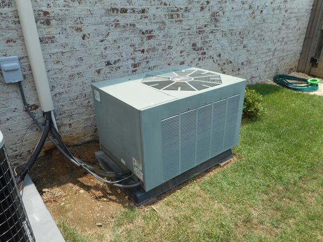 Calera, AL - Cleaned and safety checked the Heil 2008 air condensing unit with Zep con-coil cleaner, no repairs needed.