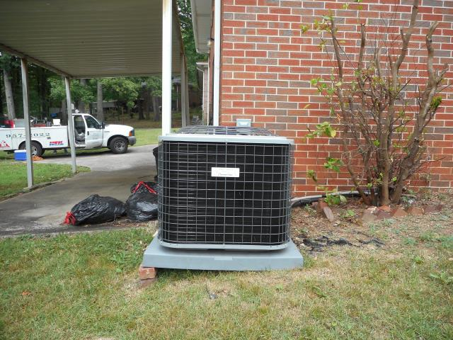 Columbiana, AL - Service work performed for the Heil 2009 air condensing unit with Zep con-coil cleaner, no repairs needed.