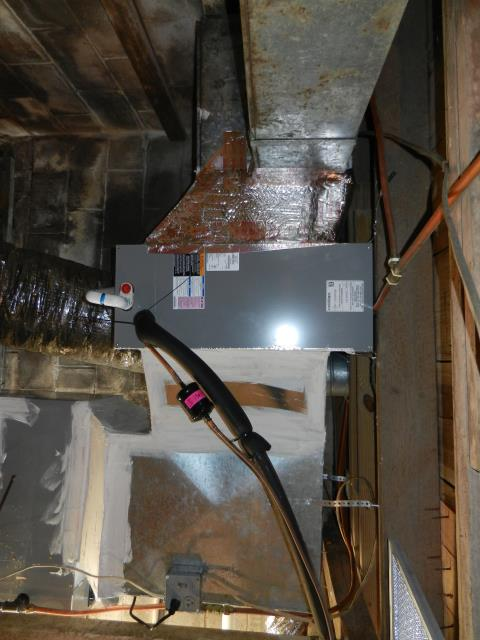 Odenville, AL - Cleaned and safety checked the RHEEM 2007 air condensing unit with heat pump, New Service Agreement signed.