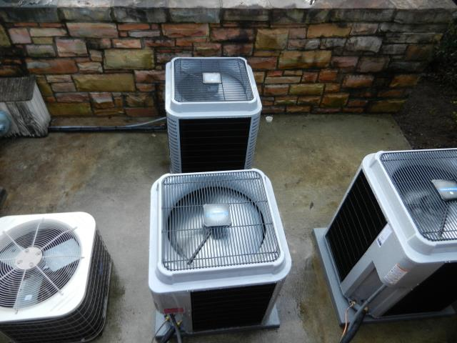 Calera, AL - Checked air filters for build up, lubricated all moving parts, checked fan controls.  Adjusted blower motors. no repairs needed.