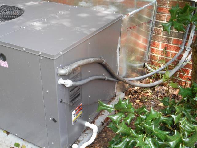 Calera, AL - Service work completed for the 2009 air conditioning unit with Zep con-coil cleaner.