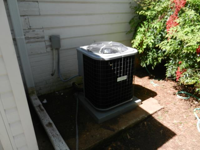 Odenville, AL - Cleaned condensation drain and air filters, no issues.