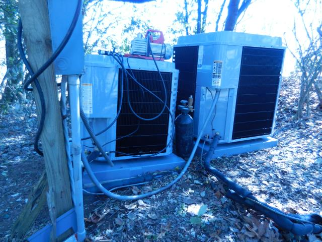 Lincoln, AL - Service work performed for the Heil air conditioning unit with Zep con-coil cleaner.