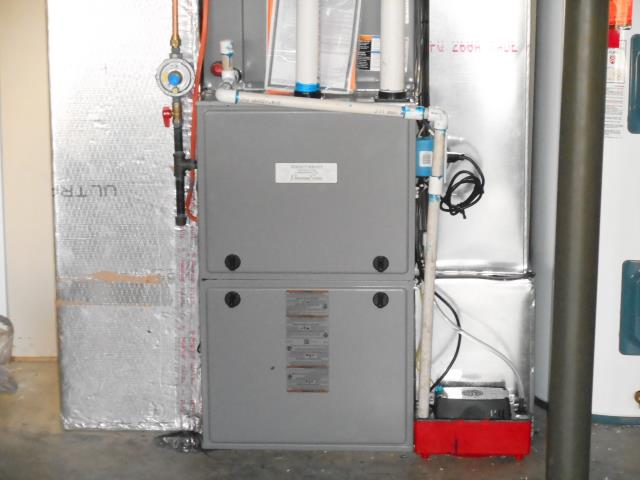 Center Point, AL - Cleaned Heil 2015 furnace with Zep con-coil cleaner, checked ducts for build up, no repairs needed.