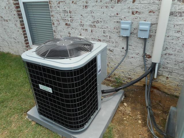 Trussville, AL - Cleaned and safety checked the heil air condensing unit with heat pump, checked ducts for build up. Best HVAC service work in Trussville, Al.