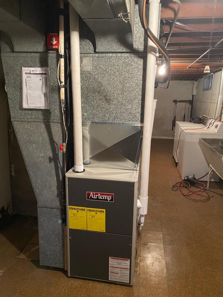Joliet, IL - Installed new 90% efficiency Temstar furnace