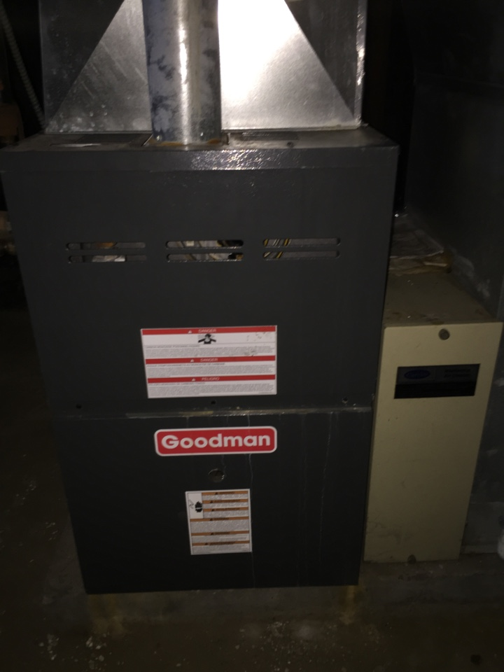 Blue Island, IL - Goodman furnace repair. Replace ignitor