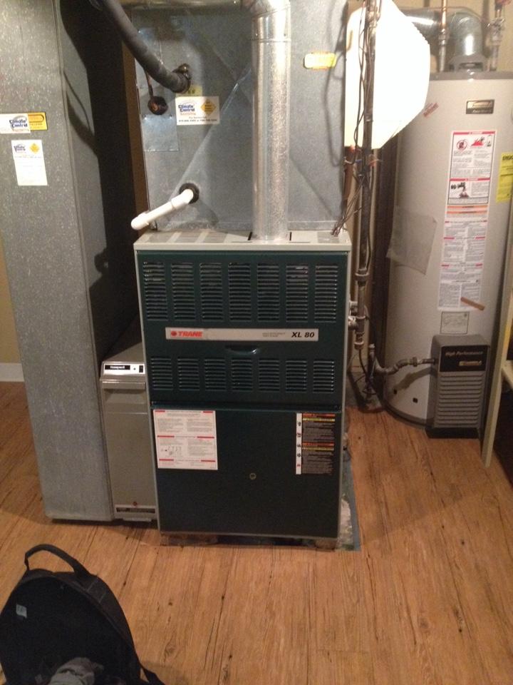 Crete, IL - Trane furnace cleaning