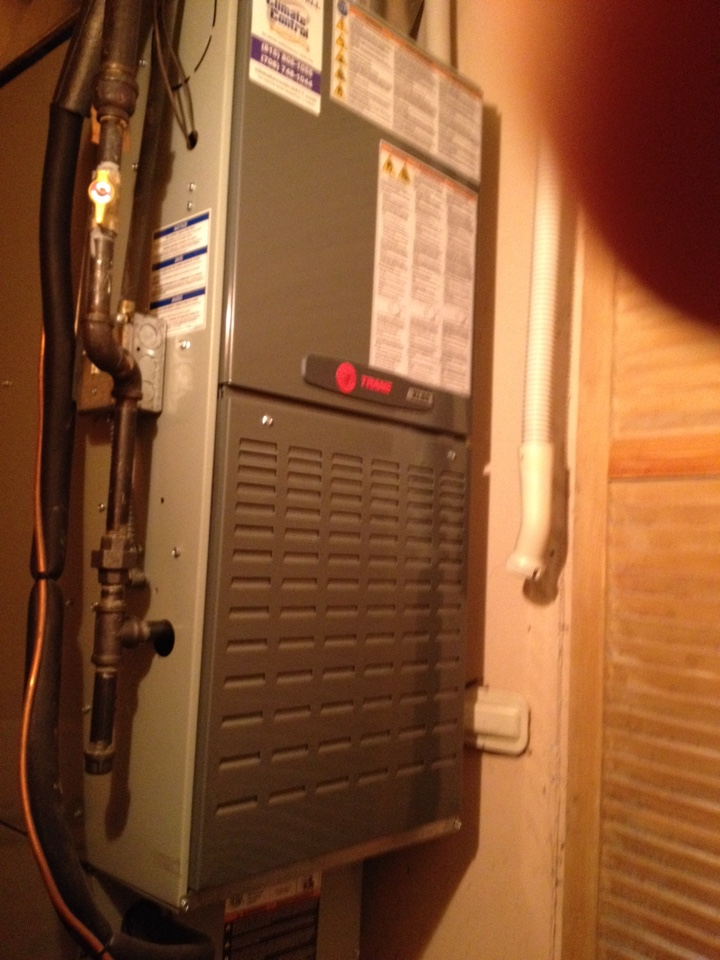 Country Club Hills, IL - Trane furnace clean and check
