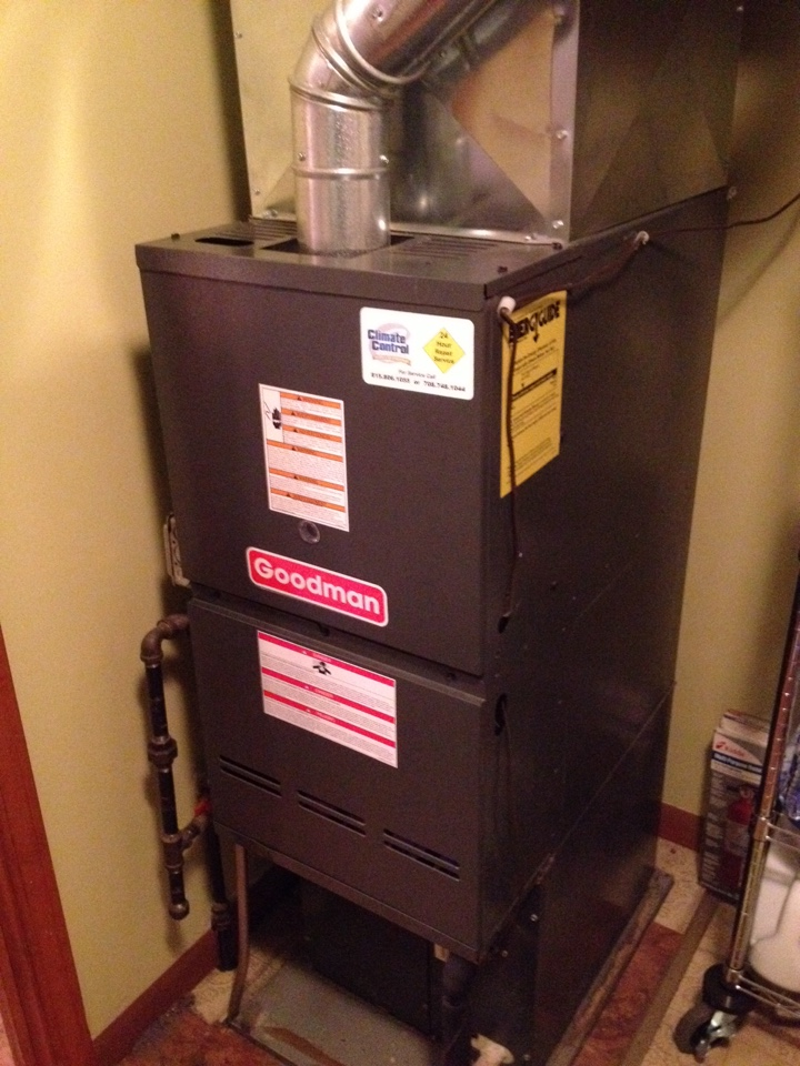 Blue Island, IL - Changed out Pressure Switch on Goodman furnace