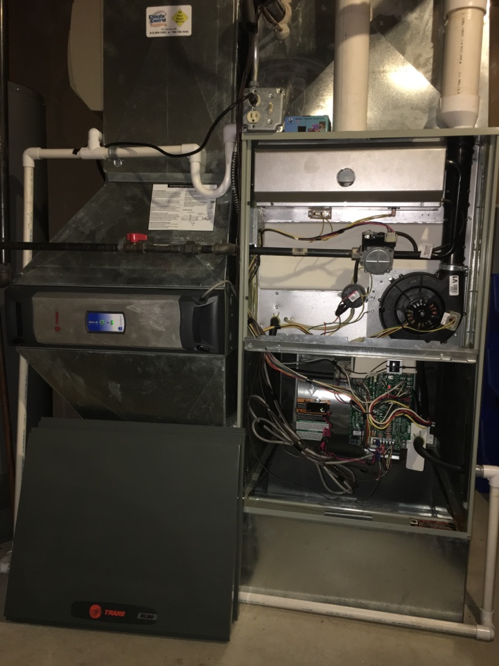 Tinley Park, IL - Clean and check on Trane XL90 with GPS install