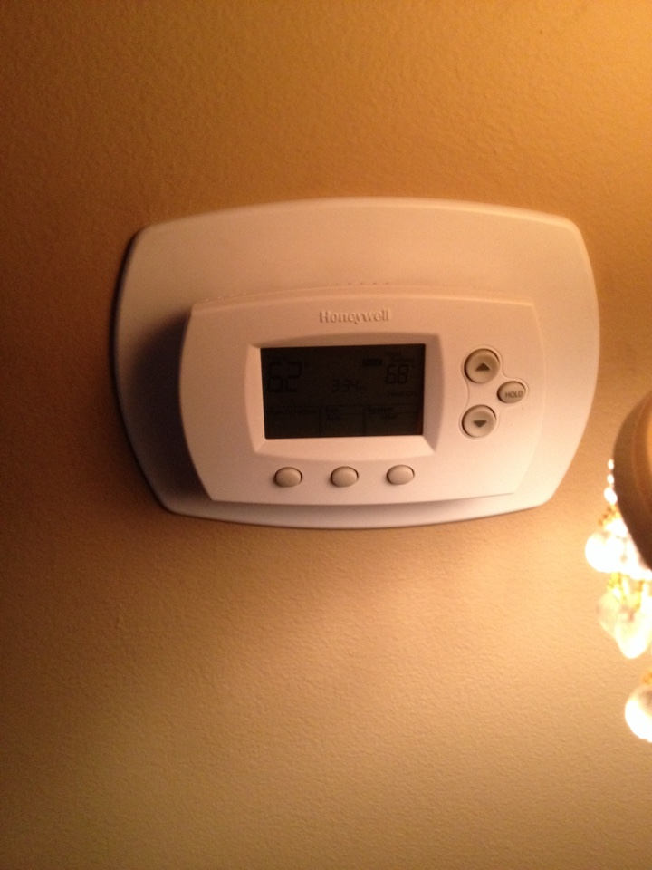 Oak Lawn, IL - Replaced bad thermostat at Mallons residents