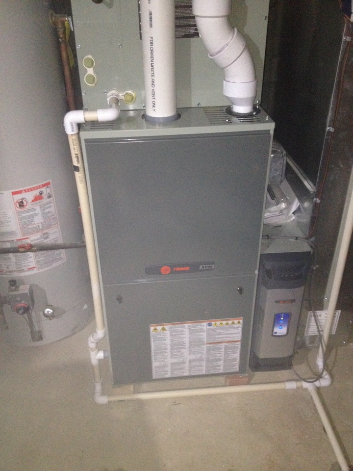 Tinley Park, IL - Clean and check on Trane furnace and Trane clean effects electronic air cleaner