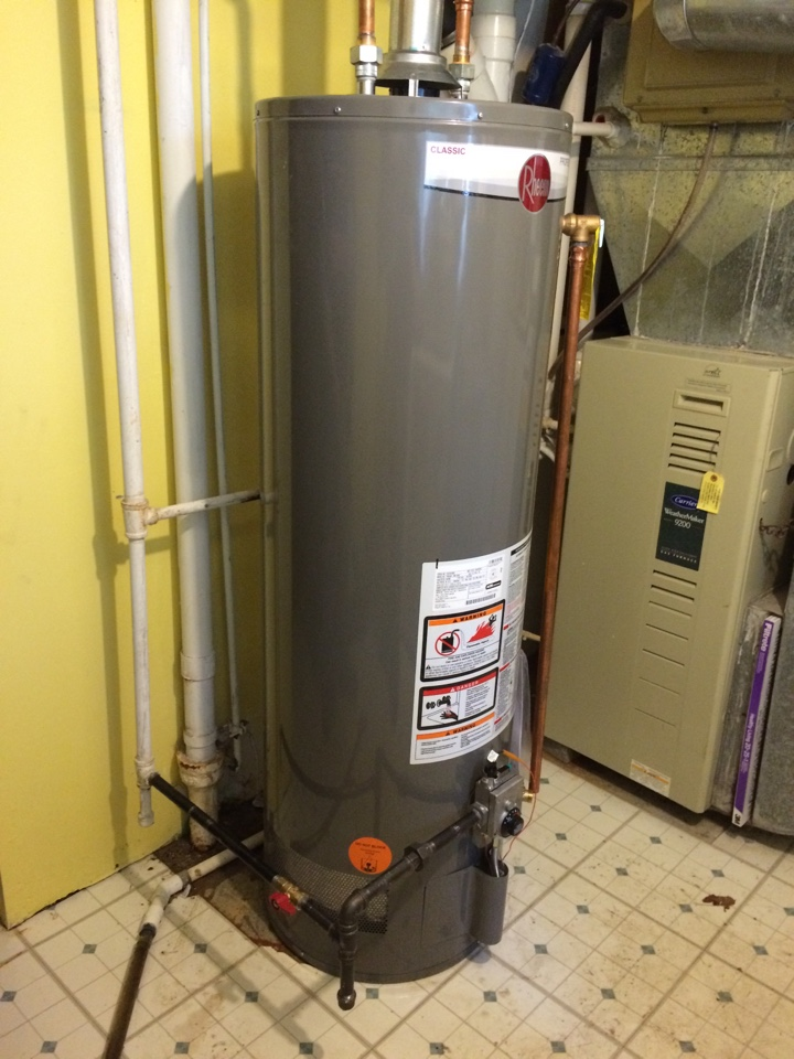 Naperville, IL - Rheem residential hot water heater replacement.