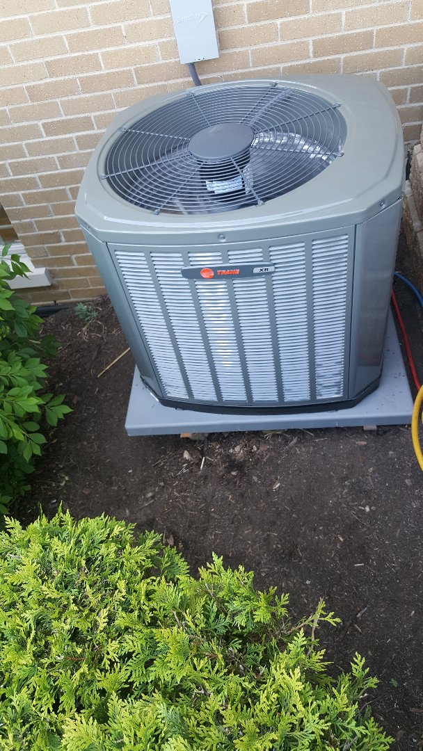 Frankfort, IL - AC installation call. Replacing existing AC unit with brand new Trane AC unit.