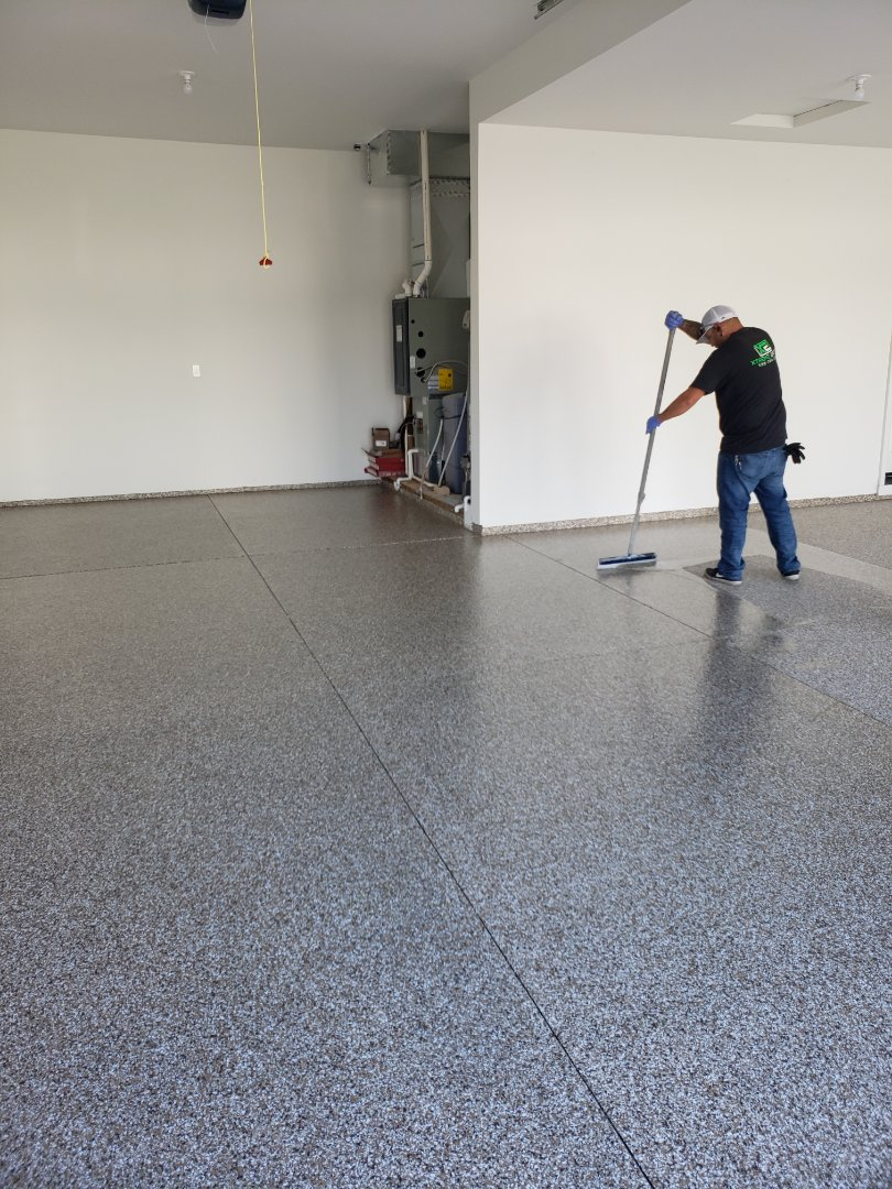Eagle, ID - Finishing up a garage floor coating
