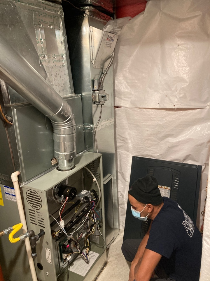 Littleton, CO - Replaced old furnace with new s8x1 by Trane and brought up to code.