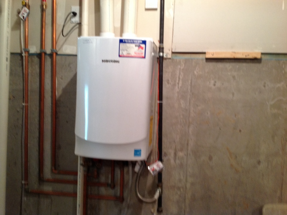 Castle Pines, CO - Tankless water heater,  no hot water