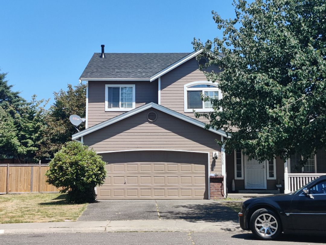 Puyallup, WA - Finished installing a new 30 year roof with IKO Cambridge  Architecture shingles in the Dual Black color.
