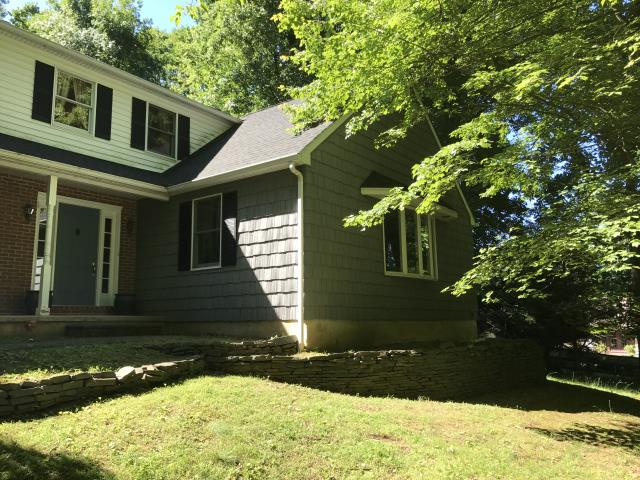Chadds Ford, PA - Replaced old wood siding for new shake siding. Looks great!