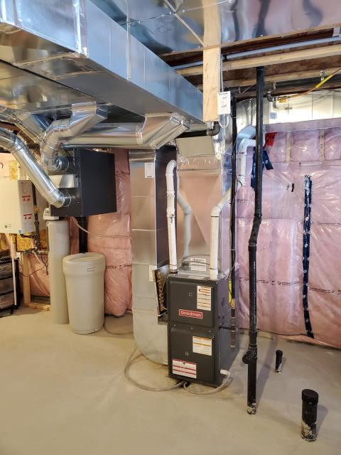 Lefroy, ON - Quoting a New Goodman GSX14030 2.5 Ton up to 15 SEER Air Conditioner from a friend of Martino HVAC! They purchased a new home with a Goodman Furnace and now looking to install an air conditioner!