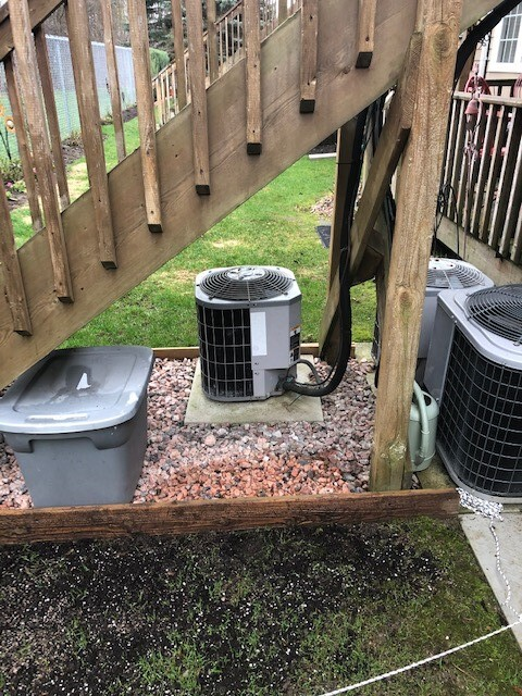 Barrie, ON - Visiting with a long time client that is looking to add a Goodman or Daikin air conditioner to his home in Barrie!