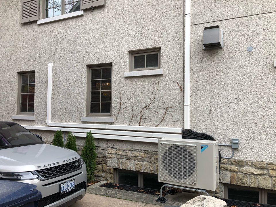 Hamilton, ON - Providing a quote for a three zone Daikin ductless heat pump and air conditioning system for one of our customers in Hamilton.