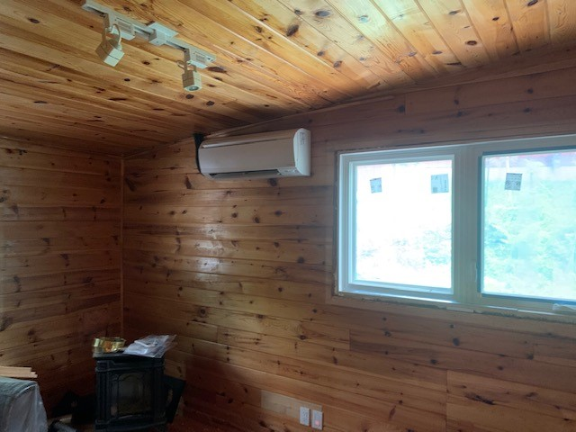 INSTALLED A 4 ZONE DAIKIN DUCTLESS MULTI-ZONE HEAT PUMP FOR AN EXISTING CLIENT IN BARRIE