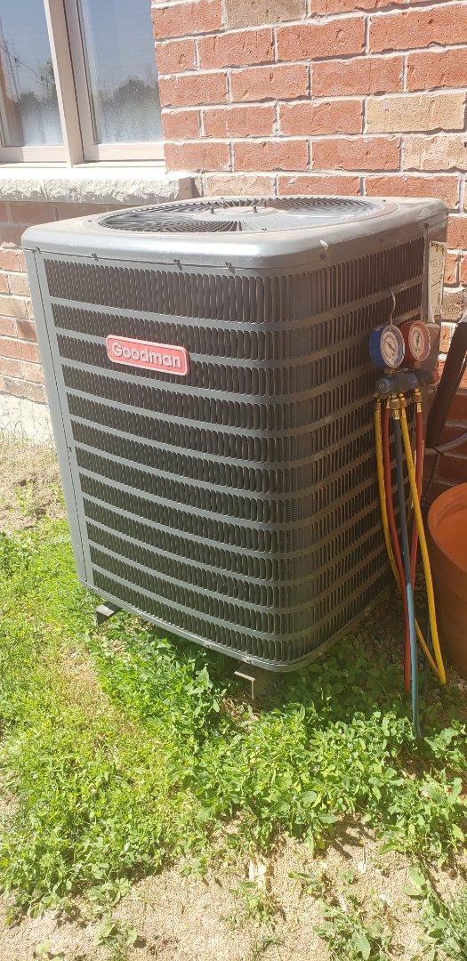 Brampton, ON - Performing yearly maintenance on a Goodman 2 ton air conditioner in Brampton
