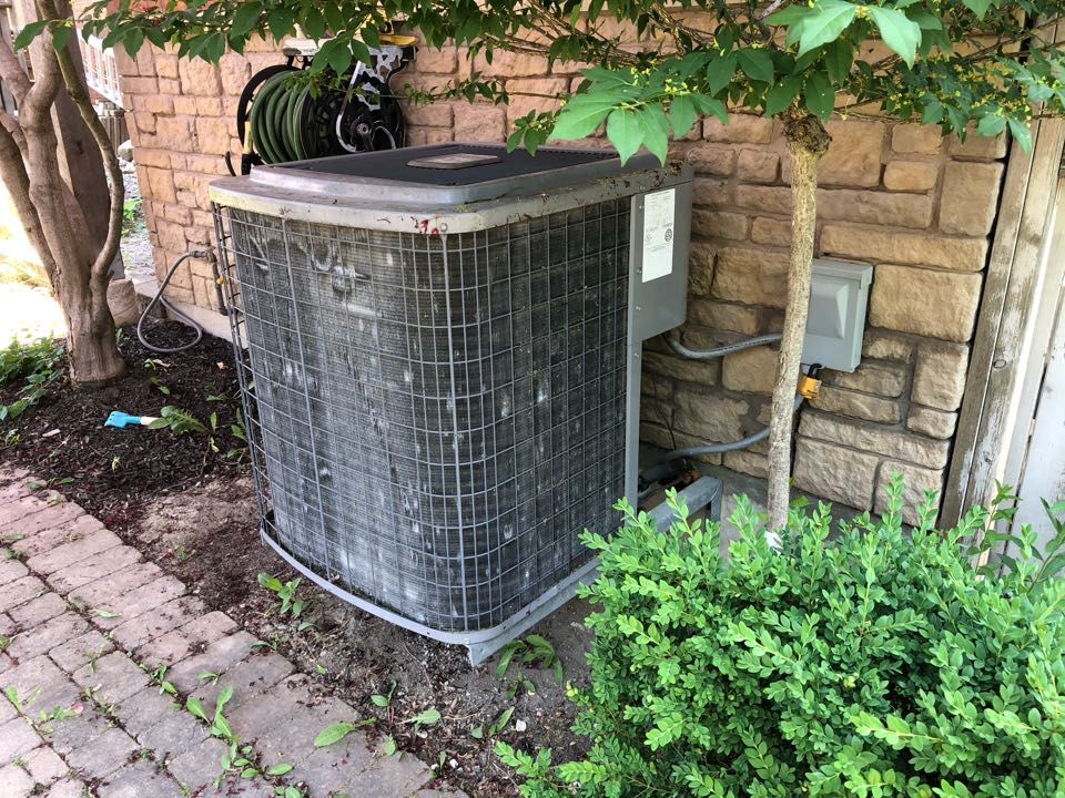 Replacing old Carrier furnace and air conditioner with new 80,000btu and 3 Ton GOODMAN GMVM97 and GSXC18