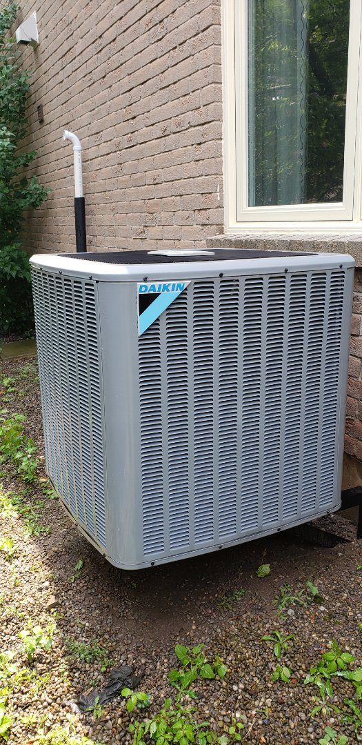 Completed tune up on a Daikin air conditioner in Mississauga