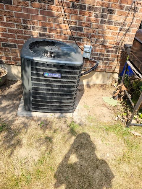 North York, ON - INSTALLED NEW GOODMAN GMVC960603BN FURNACE, GSX14030 AIR CONDITIONER, APRILAIRE HUMIDIFIER AND HONEYWELL THERMOSTAT IN NORTH YORK