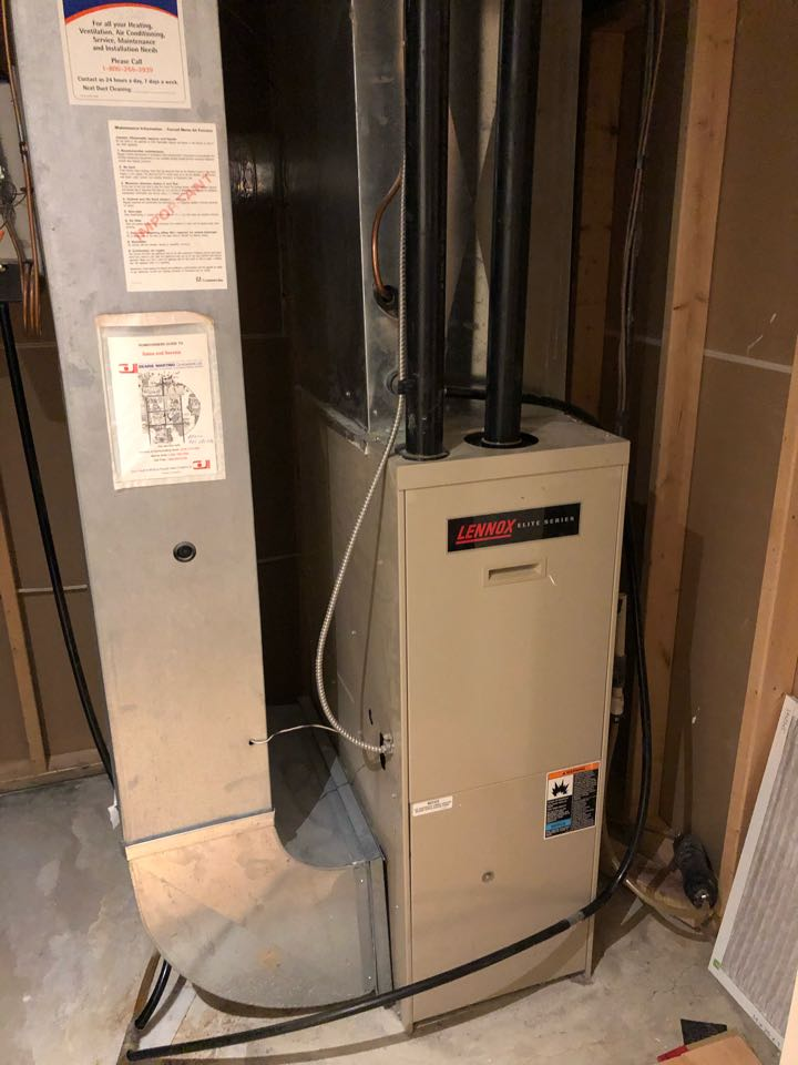 Vaughan, ON - Quoting a new Daikin furnace and heat pump for rebate program for a customer that we installed a Lennox furnace and air conditioner for 25 years ago in Maple.