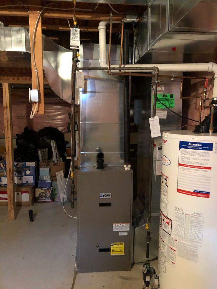 Vaughan, ON - Replacing old York 80,000btu furnace with new Daikin DM97MC0803BN 80,000btu modulating furnace for existing customer in Thornhill