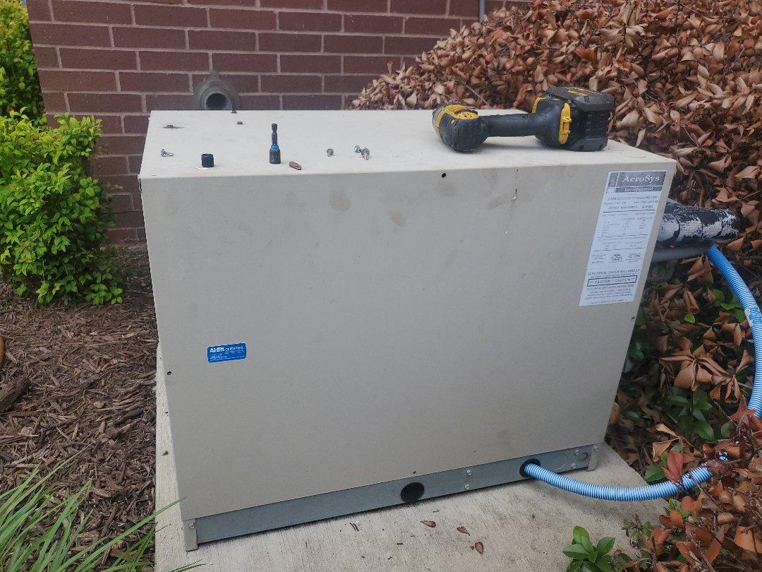 Richardson, TX - Low freon HVAC comm room