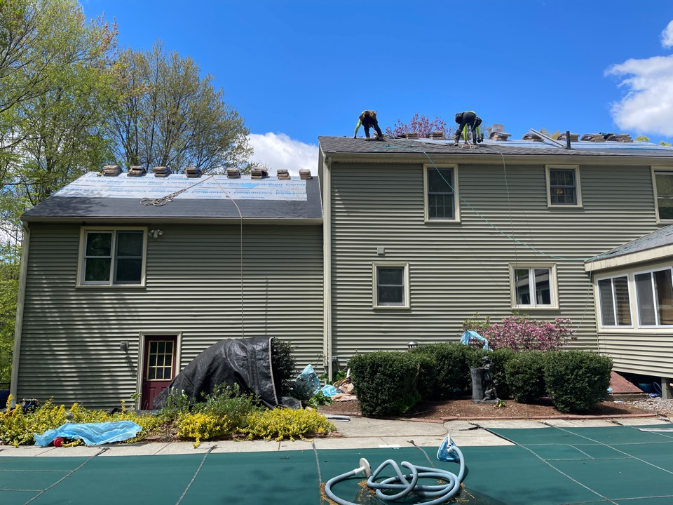 Uxbridge, MA - What a beautiful day for a roof replacement 😊