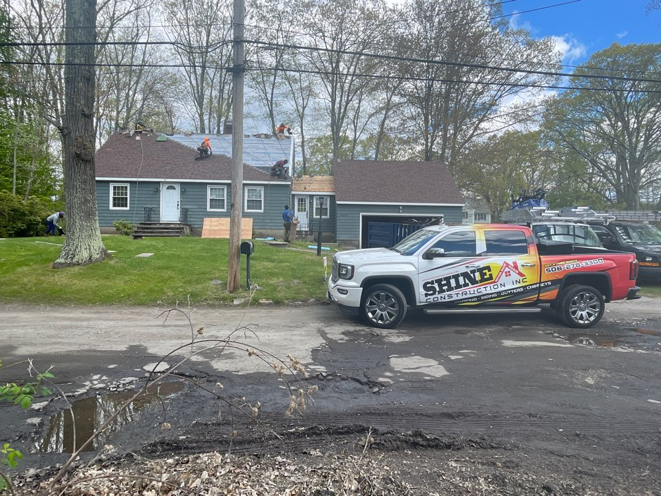 Worcester, MA - Roof replacement in progress 👷🏻♂️