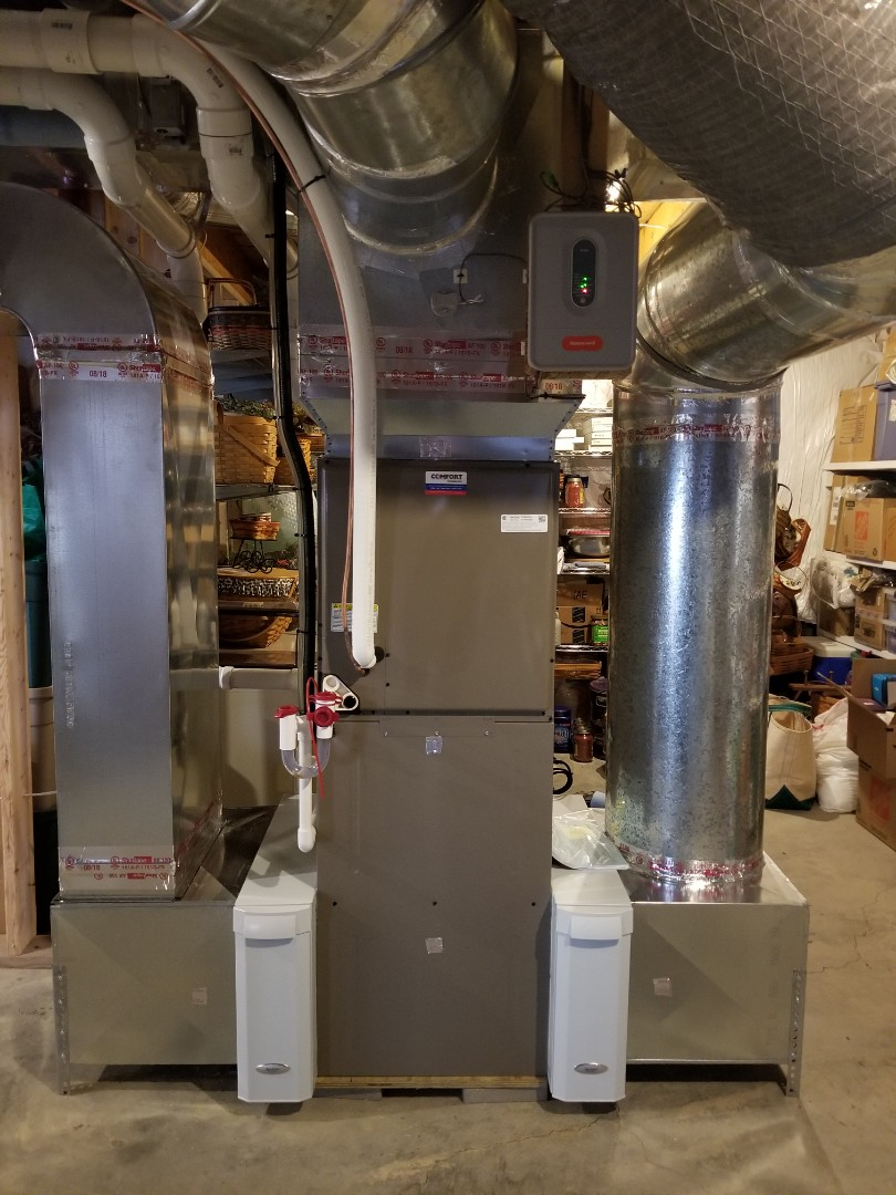 Ithaca, NY - 1st planned maintenance on Comfort Technology installed, gas fired, high efficiency, modulating, Luxaire furnace. Test safeties and combustion.