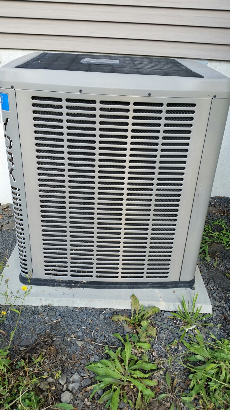 Moravia, NY - Fix failed AC system.