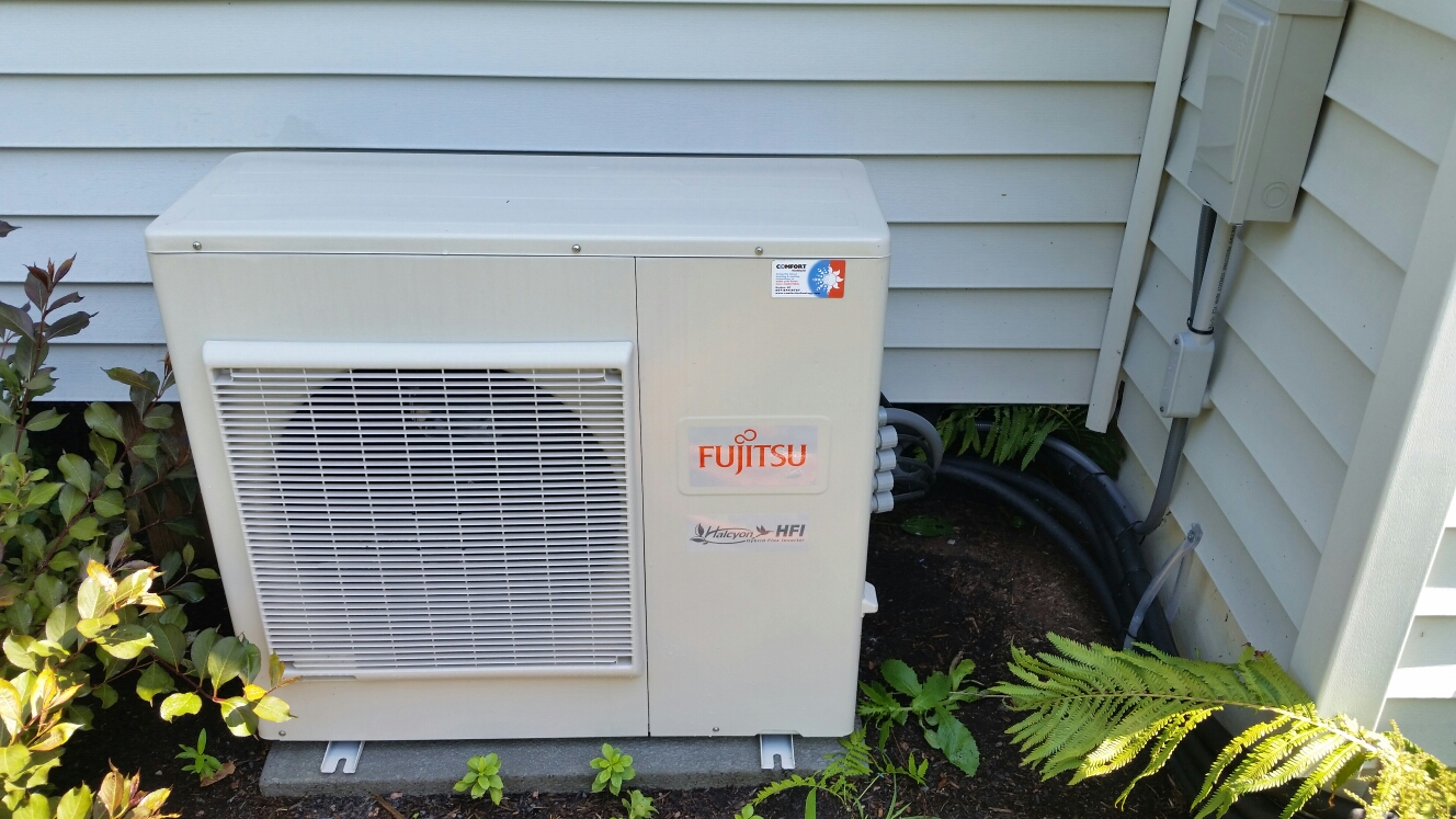 Cortland, NY - Scheduled maintenance on Comfort Technology installed Fujitsu mini split air conditioning system.