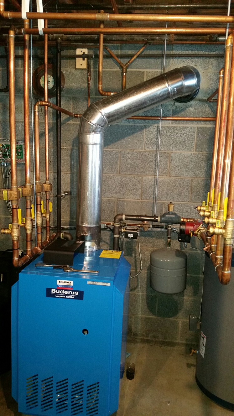 Cortland, NY - First annual service of Comfort Technology installed gas fired Buderus boiler. Test safeties and combustion.