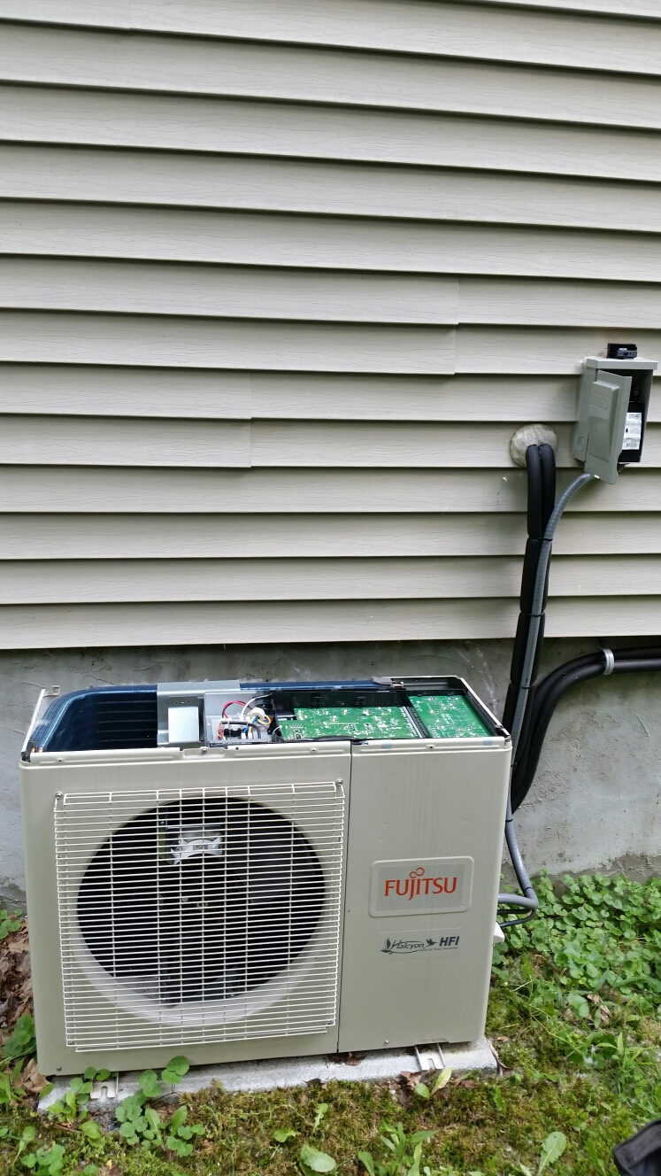 Brooktondale, NY - Planned maintenance on Comfort Technology installed Fujitsu mini split air conditioning system.