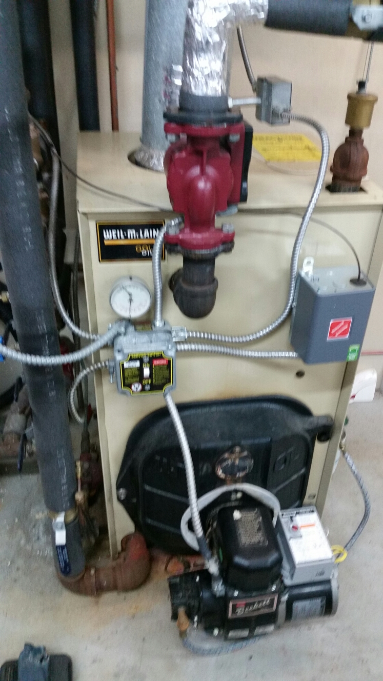 Groton, NY - Planned maintenance on Weil McLain Gold, oil fired boiler with Beckett burner. Test safeties and combustion.