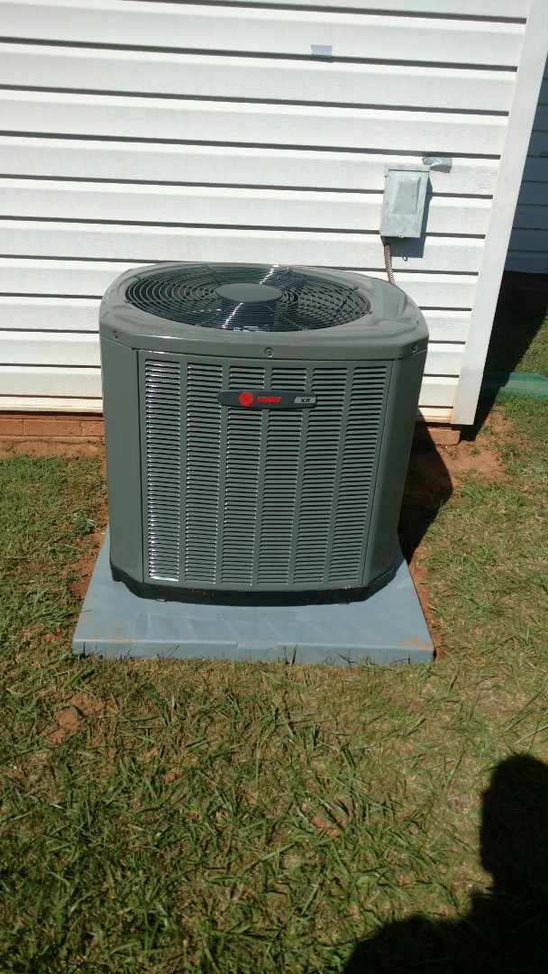 Greer, SC - Install new furnace and air conditioning with ductwork
