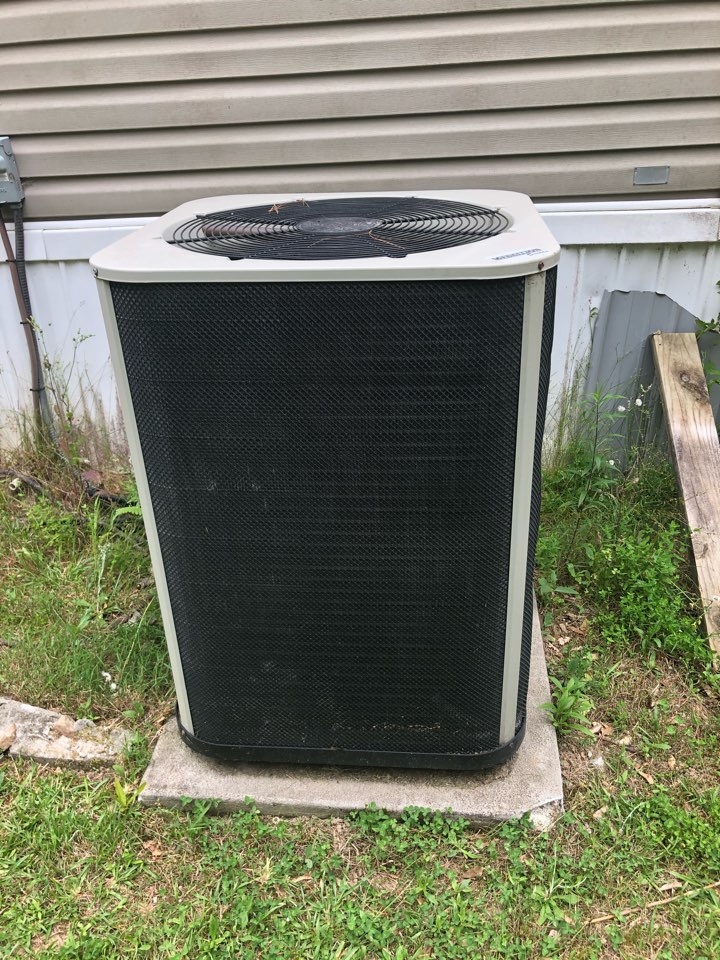 Toccoa, GA - Complete new HVAC system estimate to replace failed Medallion heat pump manufactured by Nordyne.