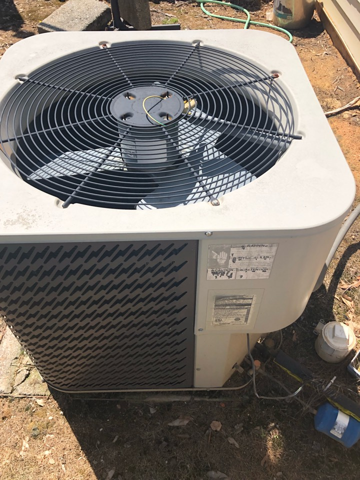 Lavonia, GA - Complete options package to replace old Gibson & Amana heat pump system along with air duct cleaning and performance enhancement upgrades