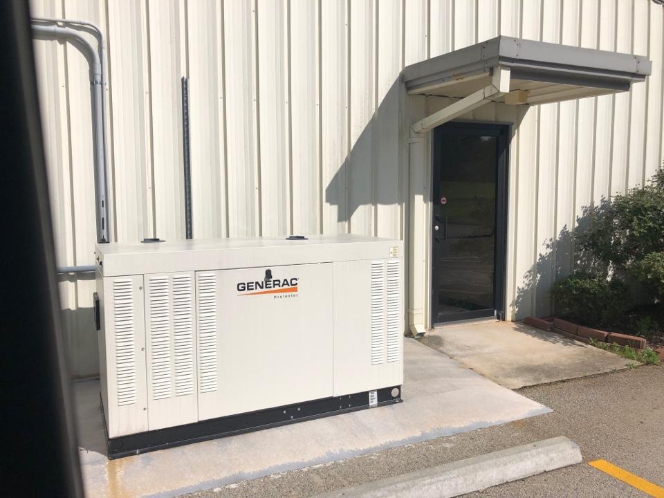 Toccoa, GA - True reach in freezer failure with loss of  R404A refrigerant and failed compressor valves.