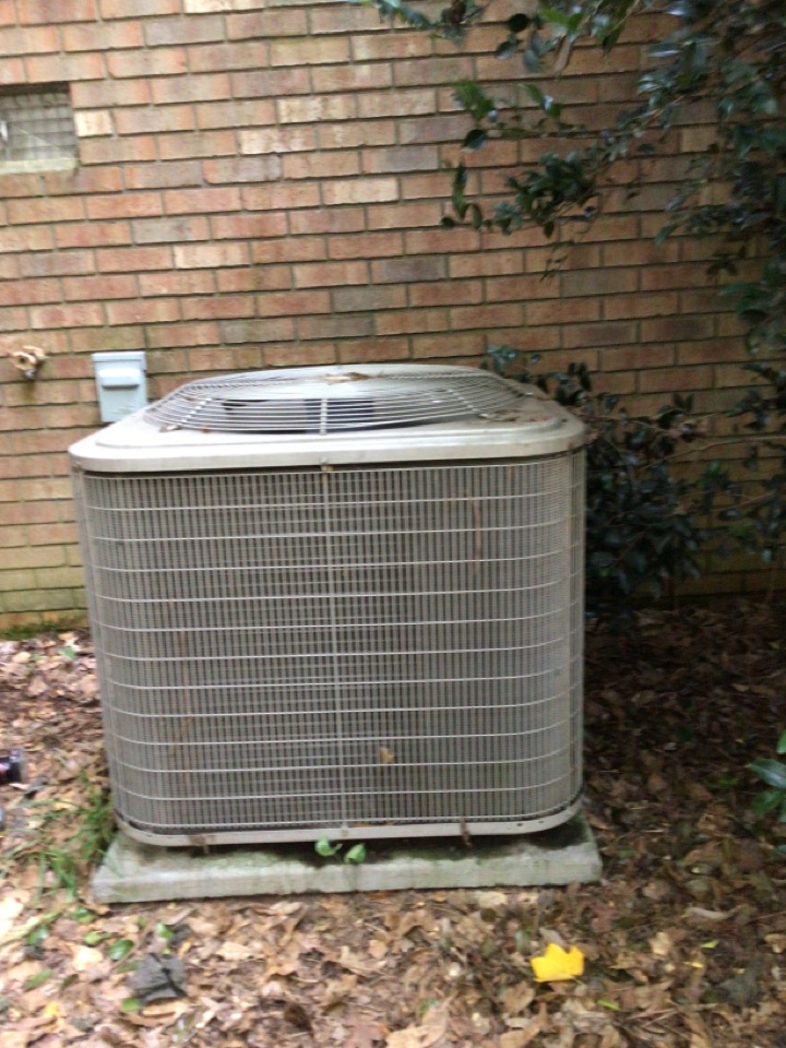 Lavonia, GA - Complete repair of heat pump system to restore cooling operation to make home comfortable. Poorly installed system requires additional repairs to achieve efficiency & desired capacity for safe, healthy, energy efficient comfort.