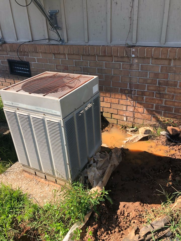 Carnesville, GA - Complete assessment for replacement of old Air conditioner and furnace